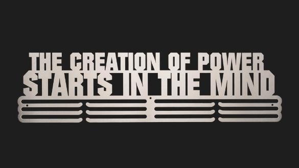 trendyhangers.nl-medaillehangers-the-creation-of-power-starts-in-the-3v.jpg