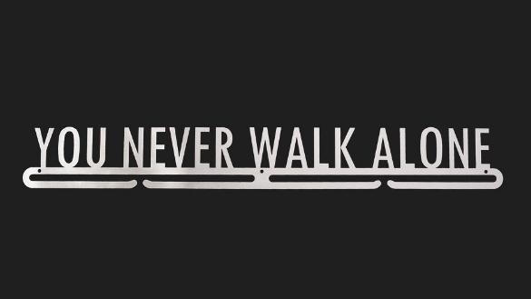 trendyhangers.nl-medaillehangers-you-never-walk-alone.jpg