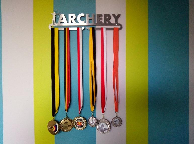 trendyhangers.nl-medaillehanger-archery.jpg