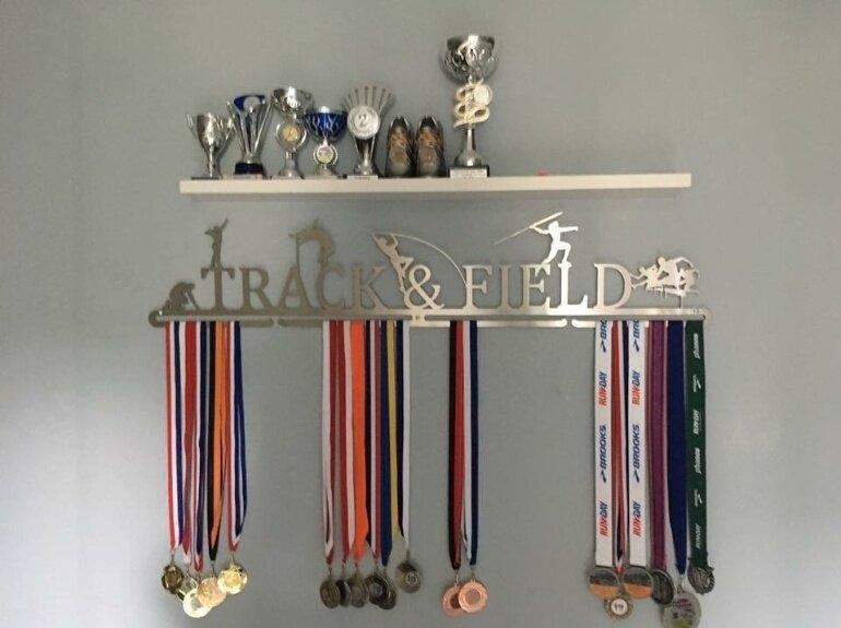 trendyhangers.nl-medaillehanger-track-and-field-1.jpg