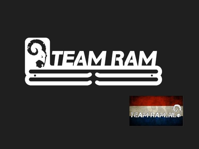trendyhangers.nl-team-ram.jpg